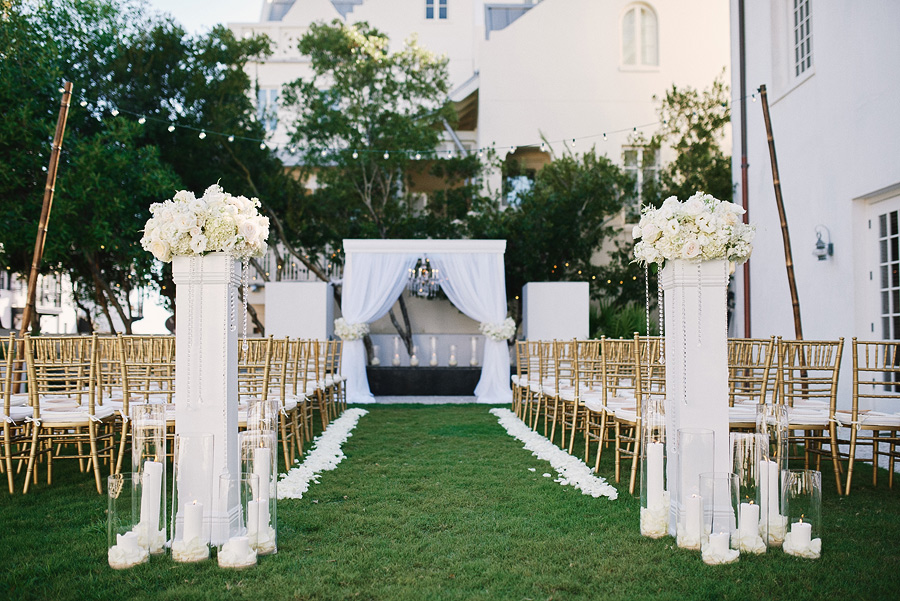 Amelia And Chris Were Married On The Lawn Just Outside Of Town Hall It S A Thing Wedding Event Planning Their Team Provided Wonderful